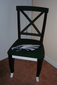 Sports Fan Chair Made with Mod Podge-On The Upcycle