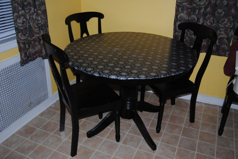 Kitchen Table Makeover On The Upcycle
