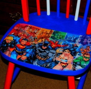 Decoupage Justice League Chair