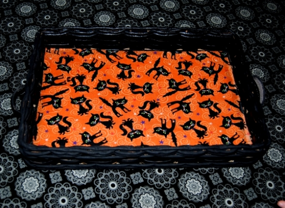 upcycled halloween candy tray black cats