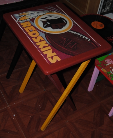 Decoupage Sports Fan TV Trays Revisited (3/6)