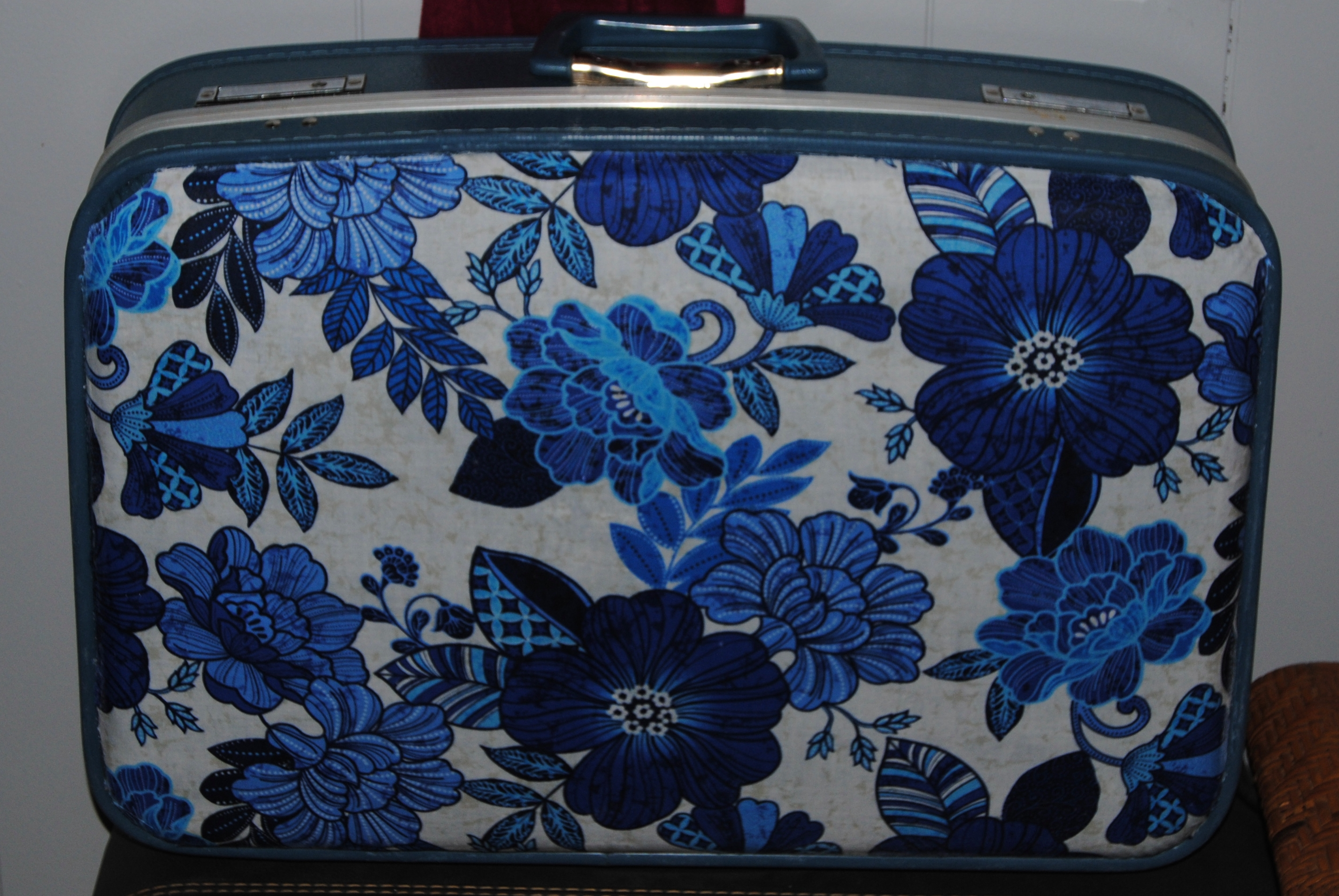 Travel the old fashioned way vintage decoupage suitcase for What to do with vintage suitcases