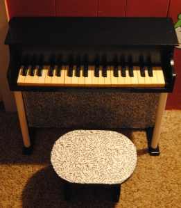 Play it again kid, restyled kids piano