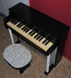Upcycled Vintage Kid's Piano