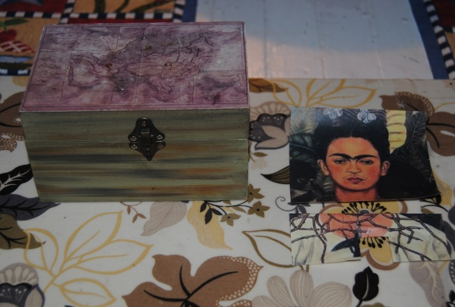 Fabulous Frida: Dollar Store Decoupage (3/6)