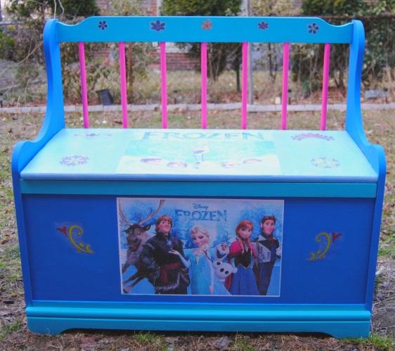 My Neighbor Let it Go: Disney's Frozen Wooden Toy Chest ...